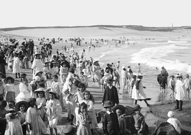 Bondi Beach – a photo from circa 1900 from The Powerhouse Museum. The world's first Surf Life Saving club opened here in 1906.
