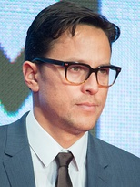 Season 1 director Cary Joji Fukunaga won the Primetime Emmy Award for Outstanding Directing for a Drama Series.