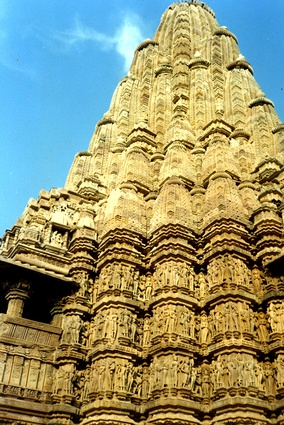 Kandariya Mahadeva Temple (c. 1030), Khajuraho, India, is an example of religious architecture with a fractal-like structure which has many parts that resemble the whole.[2]