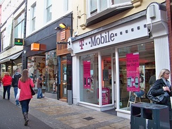 T-Mobile and Orange shops in Leeds