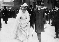 Sir Wilfrid Laurier with Zoé, Lady Laurier in 1907