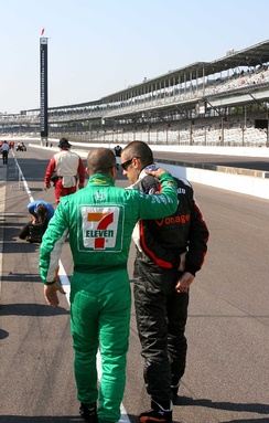 Andretti-Green Racing teammates Tony Kanaan and Dario Franchitti compare notes on Pole Day for the 2007 Indianapolis 500.