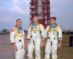 The crew of Apollo 1 wore their flags on the right shoulder, unlike all other U.S. astronaut flight crews.