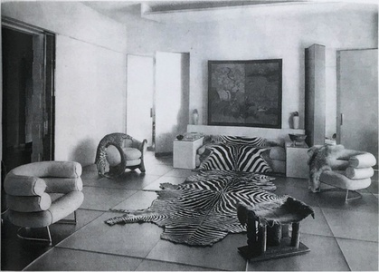 Glass Salon (Le salon de verre) designed by Paul Ruaud with furniture by Eileen Gray, for Madame Mathieu-Levy (milliner of the boutique J. Suzanne Talbot), 9, rue de Lota, Paris, 1922 (published in L'Illustration, 27 May 1933)