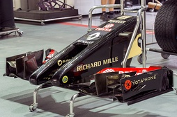 "The Lotus E22 was notable for its radical ""twin tusk"" nose concept."