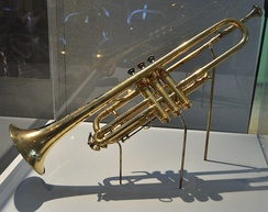 Selmer trumpet, given as a gift by King George V of the United Kingdom to Louis Armstrong in 1933