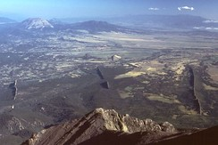 Magmatic dikes radiating from West Spanish Peak, Colorado, U.S.