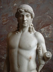 "Apollo of the ""Mantoua type"", marble Roman copy after a 5th-century BCE Greek original attributed to Polykleitos, Musée du Louvre"