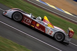 Allan McNish in the #2 Audi R10 TDI which won the 2008 24 Hours of Le Mans.