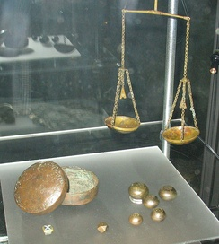 The scales and weights of a Viking trader, used for measuring silver and sometimes gold. (From the Sigtuna box)