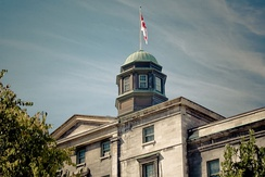 Established in 1821, McGill University is the oldest operating university in Montreal.