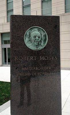 Depiction of Moses at Fordham University, Lincoln Center