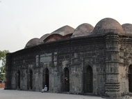 The Sona Masjid was made during the rule of Alauddin Hussain Shah