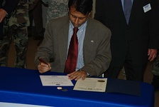 Gov. Bobby Jindal signs a Five-Star Statement of Support for Employer Support of the Guard and Reserve at Camp Beauregard on October 14, 2008. The document signing was an opportunity to join employers from across the country in supporting Soldiers