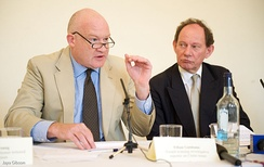 Ethan Gutmann (left) with Edward McMillan-Scott at a 2009 Foreign Press Association press conference