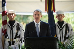 Portman speaks at the memorial of Neil Armstrong, 2012