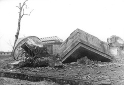 Ruins of the bunker after demolition in 1947