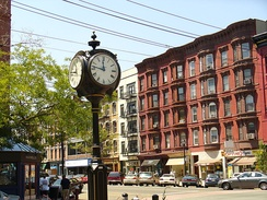 Clock at Eleventh Street