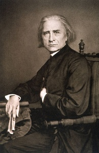 Franz Liszt (1811–1886) was an enthusiastic supporter of Samson et Dalila and was instrumental in arranging the first production in Weimar. (Photograph, 1870)
