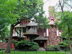Arts and Crafts Tudor Home in the Buena Park Historic District, Uptown, Chicago