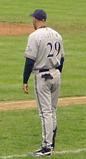 Sveum as third base coach for the Brewers in 2006