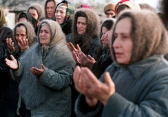 Chechen women praying for Russian troops not to advance towards Grozny during the First Chechen War, December 1994.