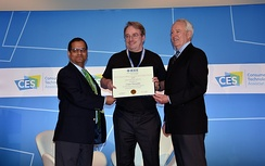 Linus Torvalds receiving 2018 IEEE Masaru Ibuka Consumer Electronics Award from ICCE 2018 Conference Chair Saraju P. Mohanty and IEEE President James A. Jefferies at ICCE 2018 on 12 January 2018 in Las Vegas