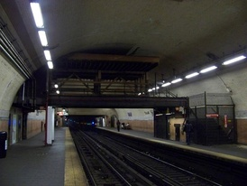 Station view before the 2009 ceiling collapse