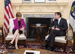 Sturgeon meets with United States Deputy Secretary of State Tony Blinken, 2015