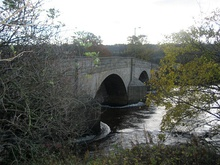 Harewood Bridge - geograph.org.uk - 1044687.jpg