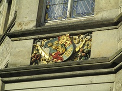 Sweden's coat of arms (with erroneous tinctures) on a wall of City Hall at Lützen in Germany