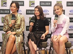 Diaz with Charmed co-stars at the 2018 Comic-Con