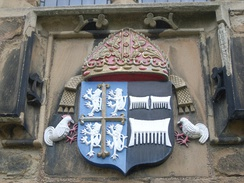 "Arms of Bishop Cuthbert Tunstall, Durham Castle. See of Durham impaling Tunstall (Sable, three combs argent), ""which arose from the first of the name and family in England, being barber to William the Conqueror""[1]"