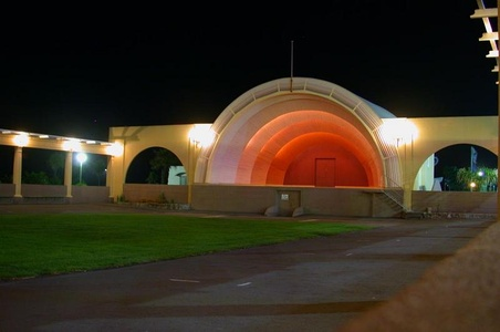 Sound Shell (1931) in Napier, New Zealand at night