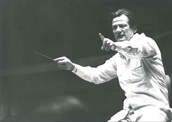 Marriner conducting in the 1980s