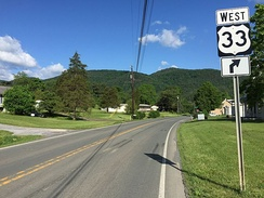 View west along US 33 in Pendleton County, West Virginia