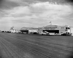 Orange County Airport, 1950s