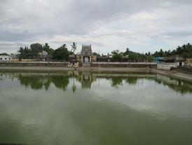 Image of the temple tank
