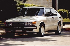 Prototype 900 SPG in Mother of Pearl White. Vehicle shown with US-spec headlamps as originally equipped by Saab for media test drives and reviews.