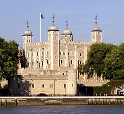 A quintessential Norman keep: the White Tower in London