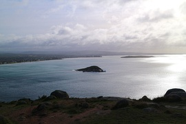 Victor Harbor and Encounter Bay as viewed from Rosetta Head-Aug 2017.jpg