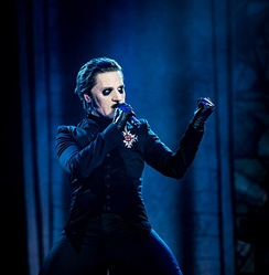Cardinal Copia performing in 2018