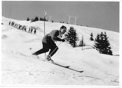 Jellicoe skiing in France.