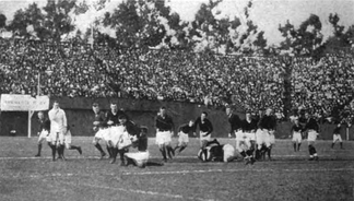 The Big Game between Stanford and California was played as rugby union from 1906 to 1914