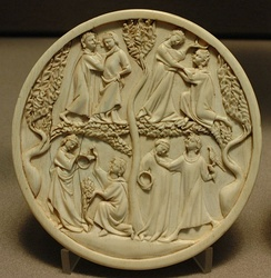 Courtly vignettes on an ivory mirror-case, first third of the 14th century (Musée du Louvre)
