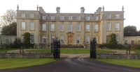 Ditchley House in Oxfordshire, a typical country house. James Gibbs, 1722