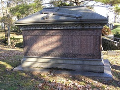The sarcophagus of William Butler Ogden in Woodlawn Cemetery