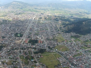 The city of Duitama built on the former lake, the surrounding hills were populated by the Muisca