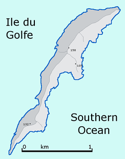 Outline of Ile du Golfe shaped like a dolphin