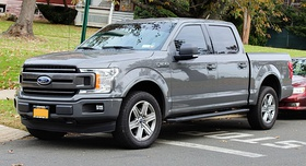 2018 Ford F-150 XLT Crew Cab, front 11.10.19.jpg